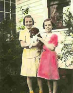 Nona Mae and Dorothy Rothenbach