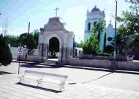 Church in Hualahuises - Plaza
